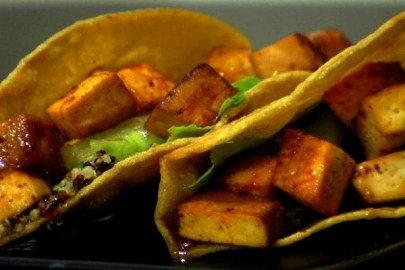 Try these tofu tacos for Cinco de Mayo! (VEGAN/VEGETARIAN)
