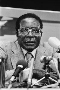 Mugabe_1982_b