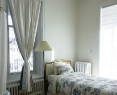 best dealers of curtains