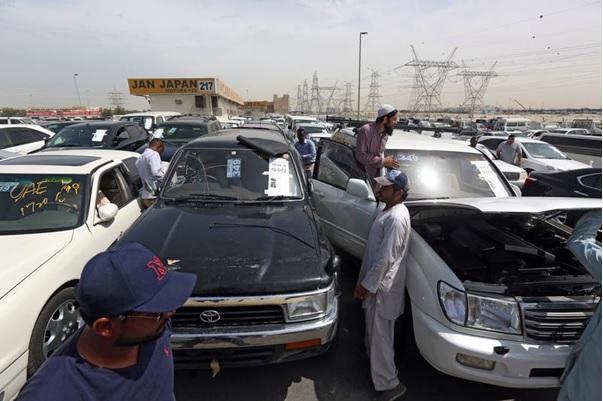 Buying a car in Dubai