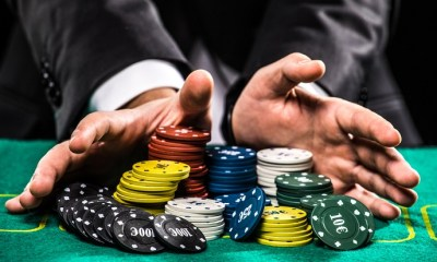 Casino,,Gambling,,Poker,,People,And,Entertainment,Concept,-,Close,Up
