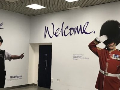 Welcome-sign-Heathrow-860x375