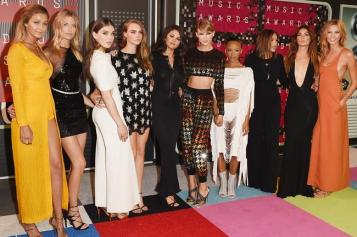 MTV Video Music Awards 2015 Red Carpet - Gigi Hadid, Martha Hunt, actresses Hailee Steinfeld, Cara Delevingne, actress/singer Selena Gomez, recording artist Taylor Swift, actresses Serayah, Mariska Hargitay, models Lily Aldridge and Karlie Kloss - #mtvmovieawards #mtvawards #mtvmovies #selenagomez #demilovato #taylorswift #gigihadid #caradelevingne #marthahunt #Kkarliekloss #Lilyaldridge #mtvmovieawards