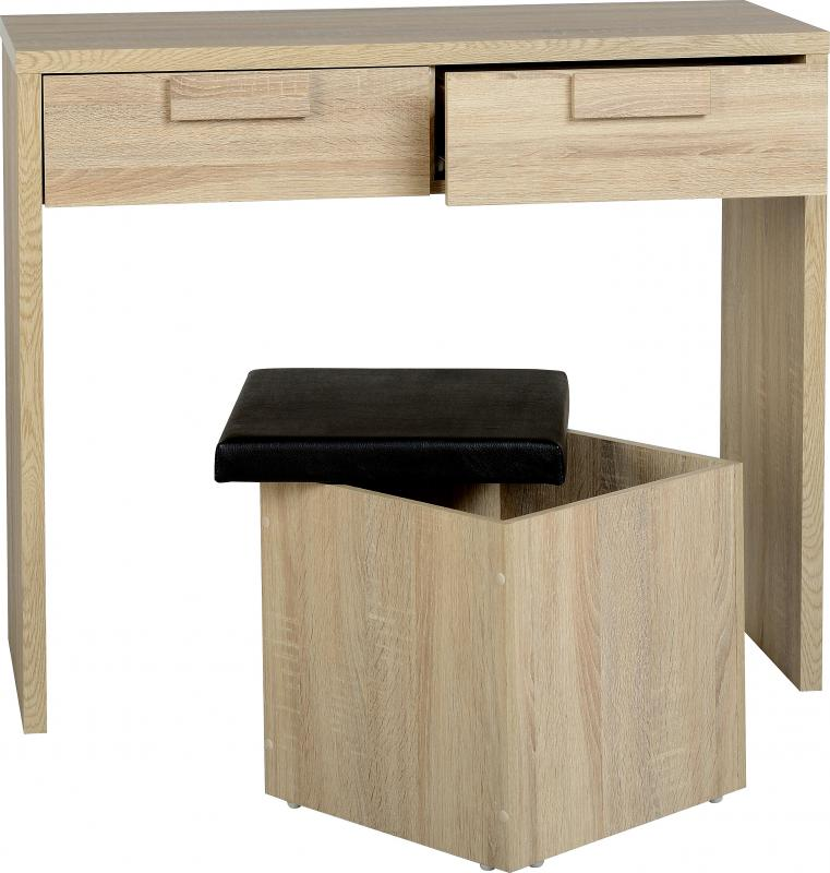 Fitted Drawers And Dressing Table
