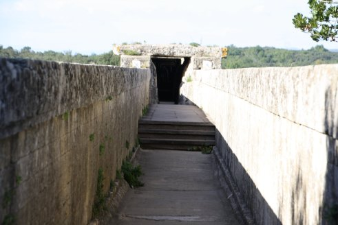 The water channel - bringing drinking water 50 km to the city of Nimes