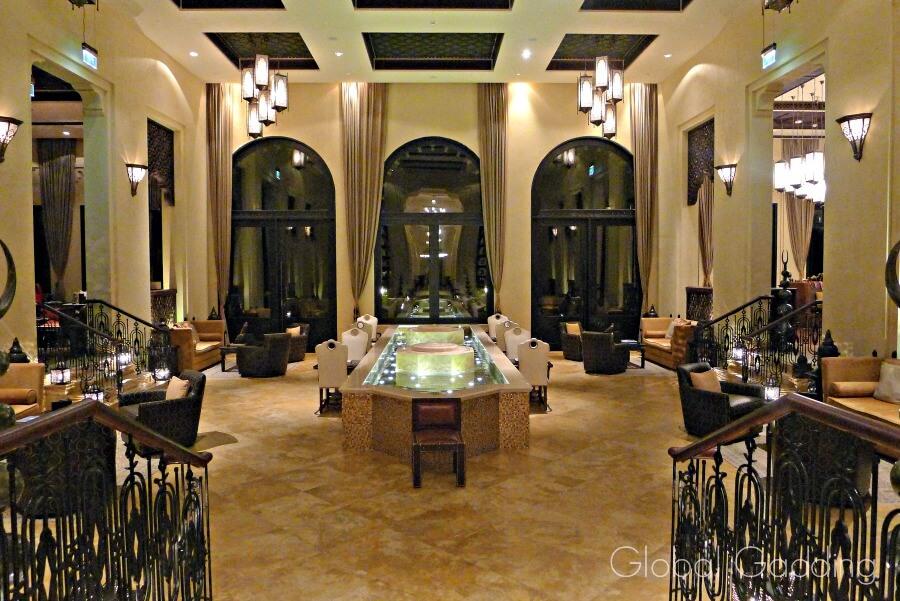 lobby qasr al sarab resort