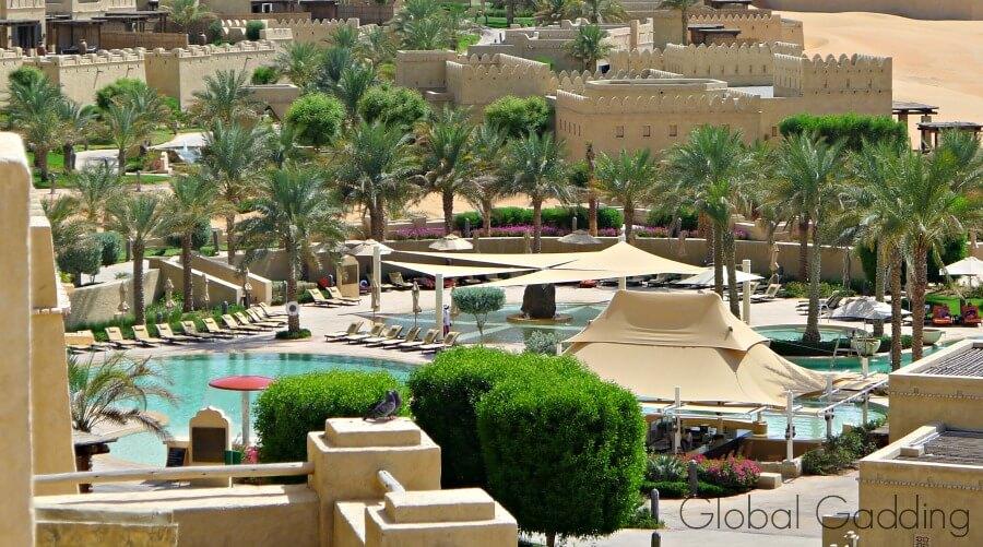 pool at qasr al sarab resort