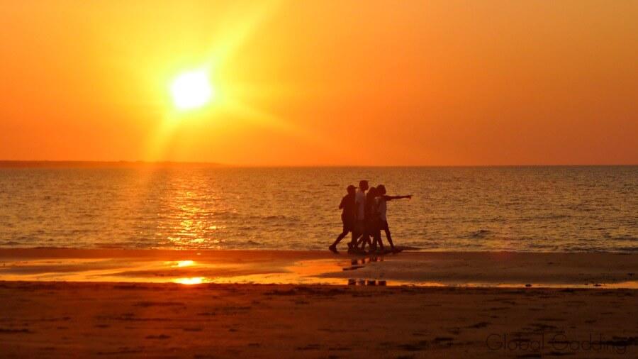 mindil market darwin sunset