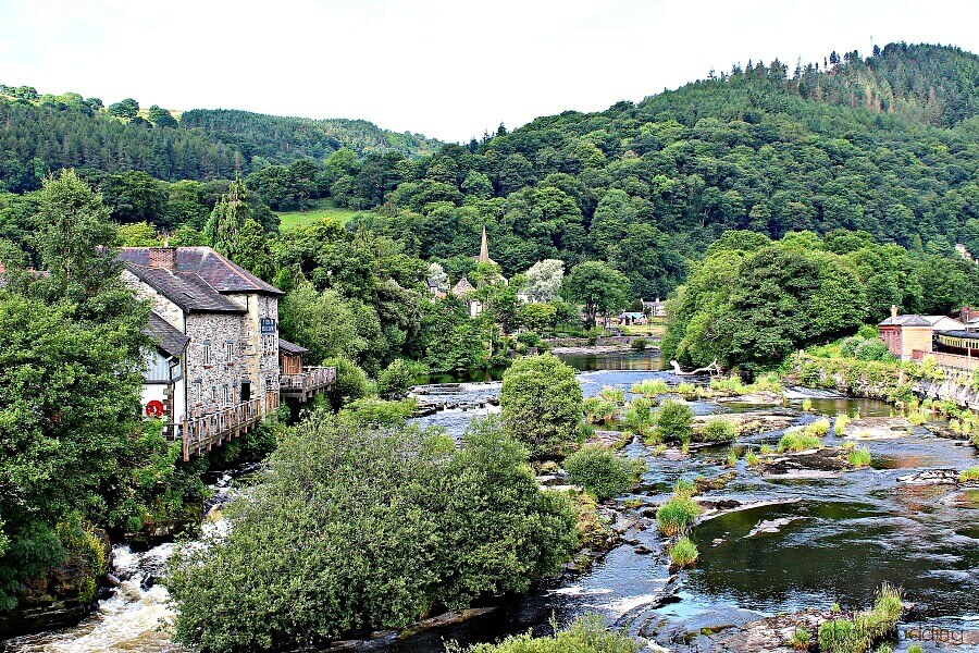 picturesque llangollen view over river