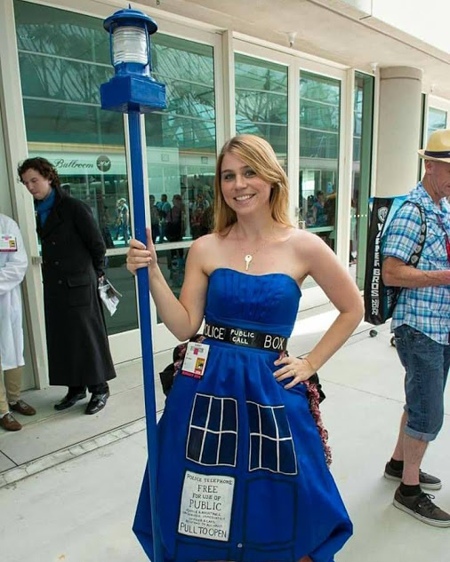 Fantastic TARDIS Dress Cosplay