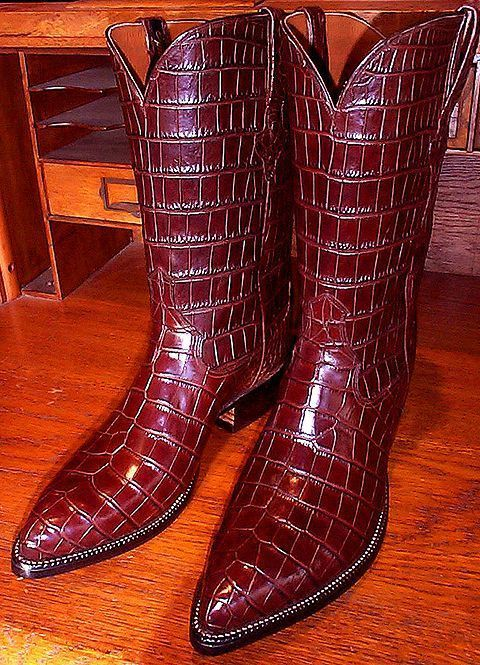 1e05a4d4d Have you always wanted to buy a pair of handmade cowboy boots but don t  have the time to do so  Are you afraid of buying them online