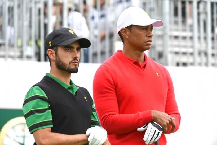 Abraham Ancer, Tiger Woods