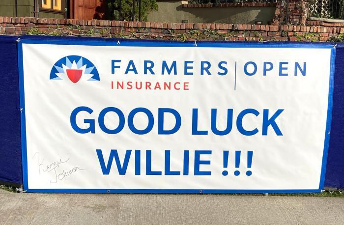 Willie Mack sign
