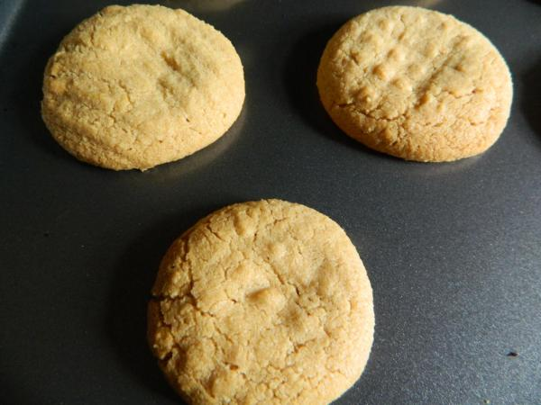 Peanut butter cookies By JMorton