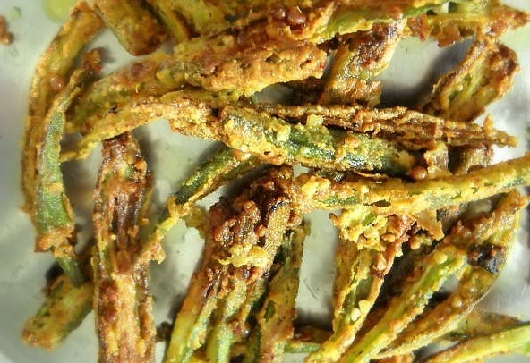 crispy-fried-bhindi-straight-from-the-kadai (1)