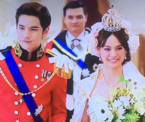 By Photo Congress    Drama Thailand Princess Hours Episode 8