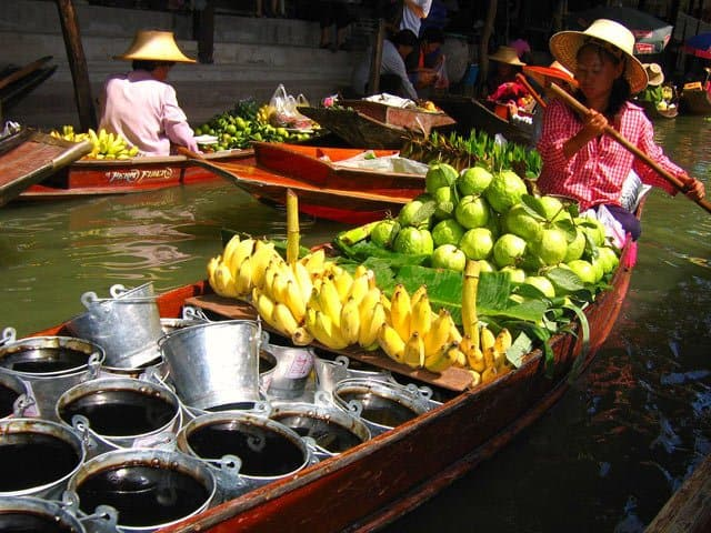 floating-market on GlobalGrasshopper.com