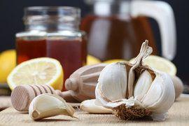 Ingrédients pour le thé à l'ail