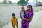 A vibrant young Indian woman - Paul Joseph Brown Global Health Photography - Public Health Photography