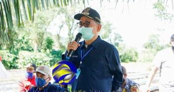 Bupati Kepahiang Dr.Ir.Hidayatullah Sjahid, M.M