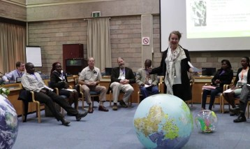 Invasive alien plants, land degradation and restoration (Discussion Forum 13)