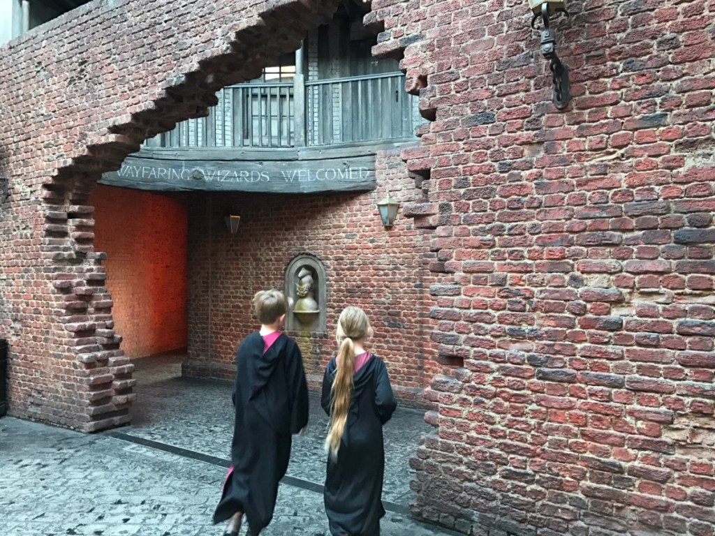 3f75c612f32 Your ultimate guide to The Wizarding World of Harry Potter ...
