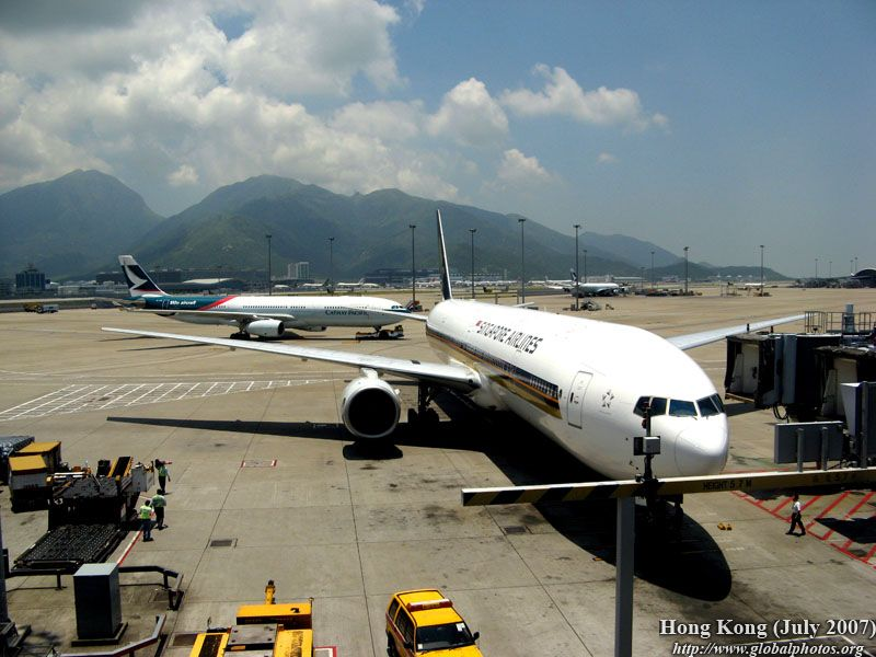 Flight Report : Hong Kong - Singapore Photo Gallery