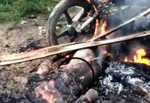 Angry mob beheaded and set five suspected armed robbers ablaze in Cross River