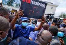 Lagos State Governor Sanwo Olu Joins EndSARS Protest And Carries EndPoliceBrutality Placard