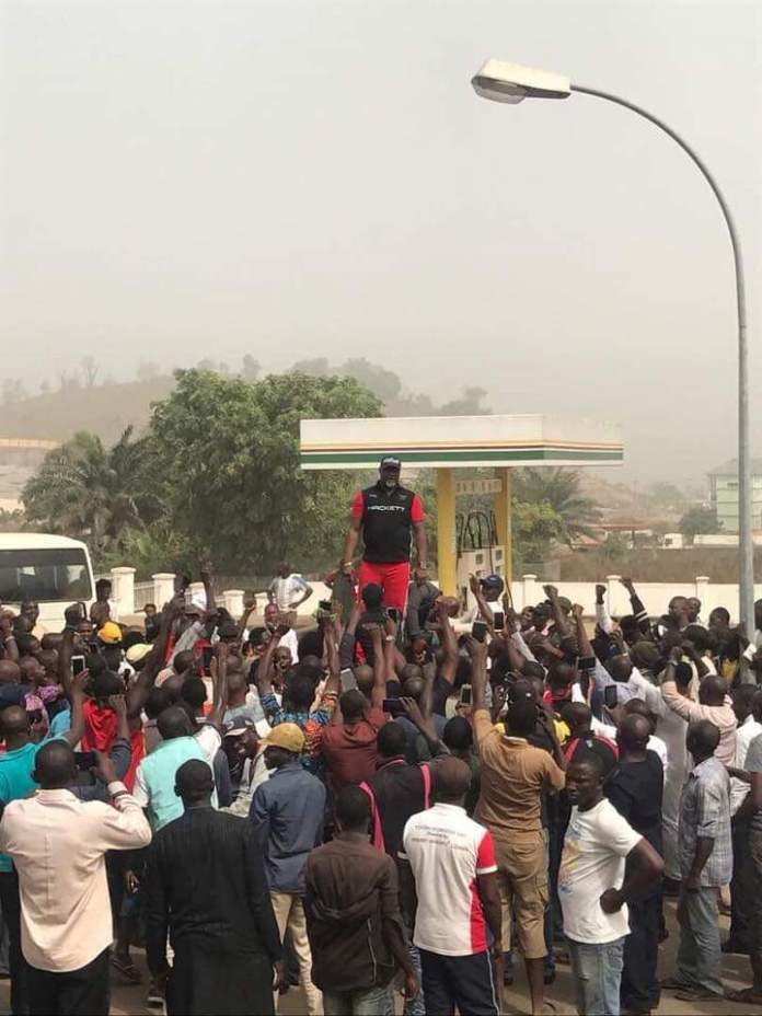 Video Of Dino Melaye Supporting #EndSARS Protest And Recounting His Face Off With The Police
