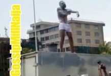 Video Of Man Bathing On The Road At Lekki Toll Gate During EndSARS Protest