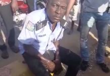 Video Of How Rifle Was Seized From A Drunk Police Officer Garba Salisu At CBN Junction In Abuja