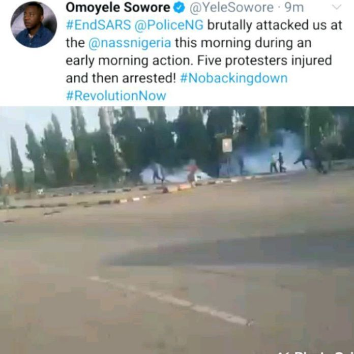 Video Of Sowore led EndSARS protesters attacked and arrested by the police in Abuja
