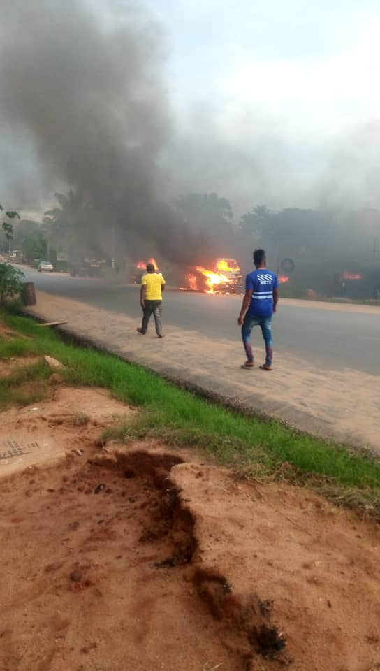 Photos Of Burnt Ozubulu Vigilante Office In Anambra And Five People Killed