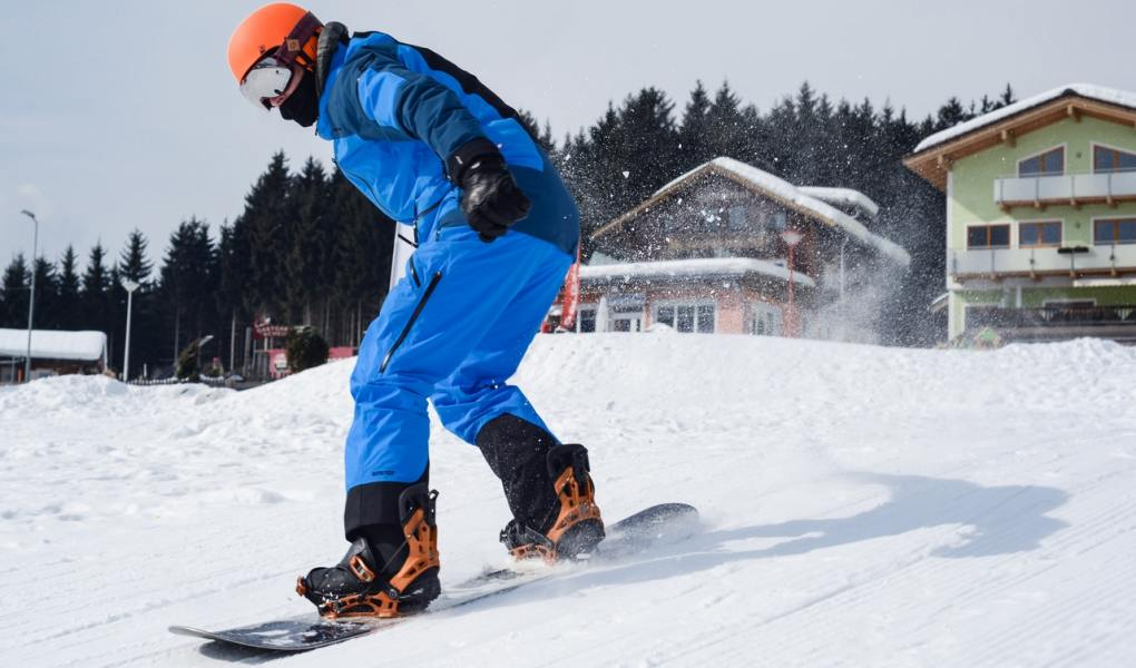 Want to learn to snowboard? These tips will help beginners get started and progress