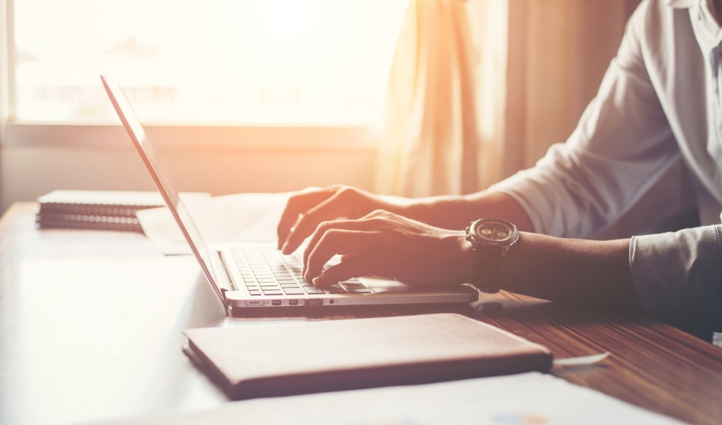 How to set up a freelance online business