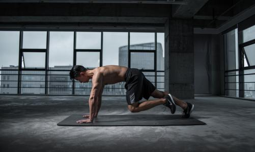 Top 10 Male Fitness Influencers To Follow For Legit Workout Tips