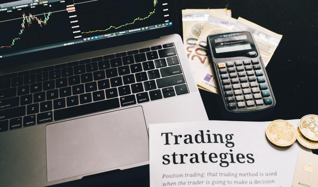 Can use paid signals for stock trading make it easier?