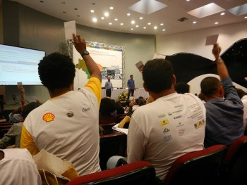 Waste pickers at the hearing in Brasilia