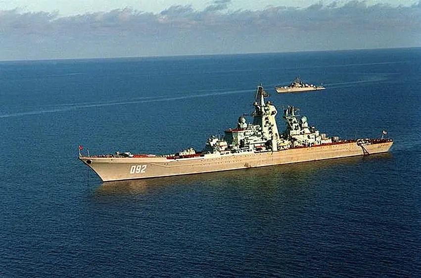 Cruzador lança-mísseis Kirov (http://www.globalsecurity.org)