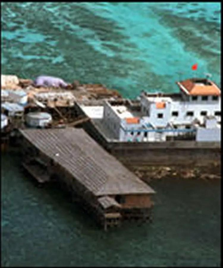 Base militar chinesa nas Spratley (http://www.globalsecurity.org)