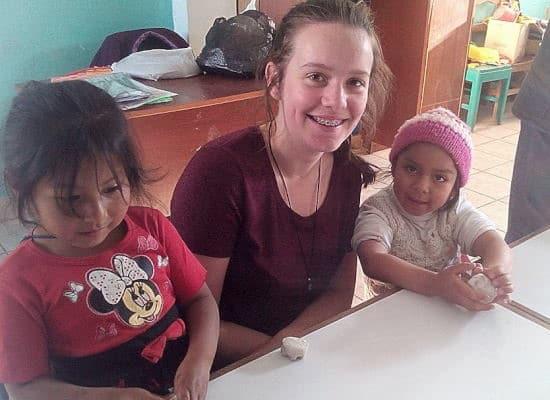 Under 18 School Groups volunteering abroad