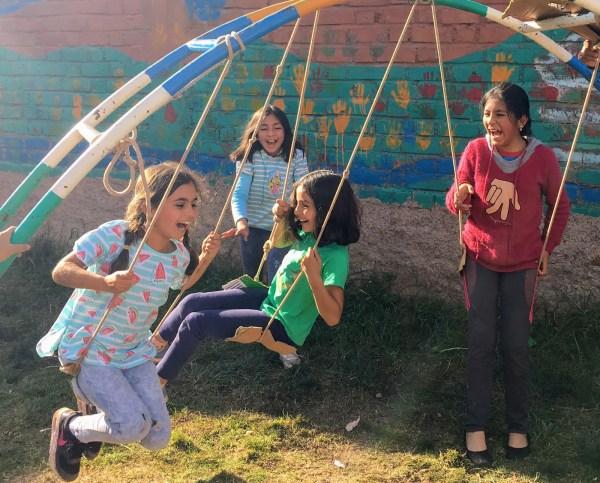 Family volunteering in Peru