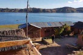 Intern at Lake Titicaca in Paramis