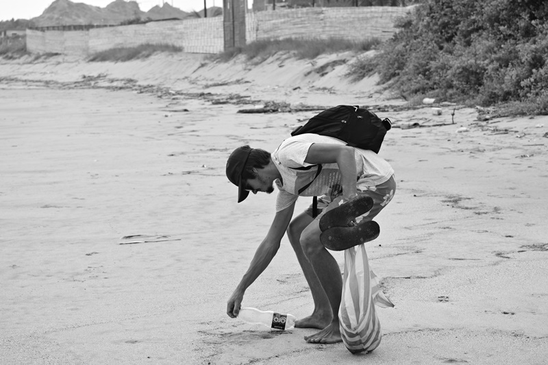 Volunteer Cleaning up Beaches at Peru Marine Conservation Project