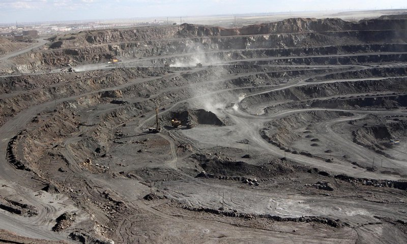 Mining of rare earths is conducted in Baiyunebo, North China's Inner Mongolia Autonomous Region on July 16, 2011. File photo: VCG