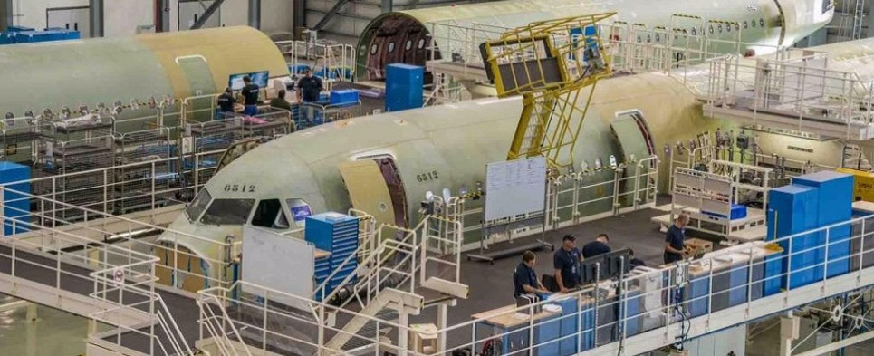 Project management problems, which apparently involved logistics and supply chain issues and possible delays in receiving shipments of import cargo, with an unnamed contractor have led to production delays on the Airbus A321.