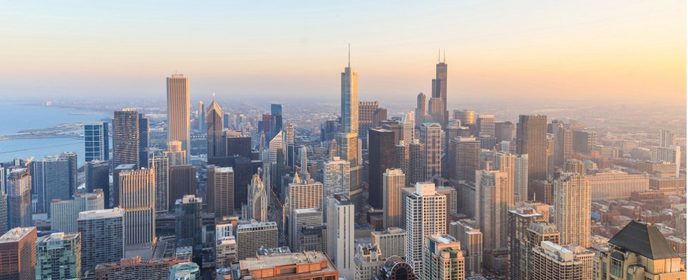 Chicago is one of the most important markets in our global shipping network, thanks to its connectivity to Class I rail, ocean shipping, truck transportation and one of the world's leading airports enabling 3PL to handle more exports and imports in international trade.
