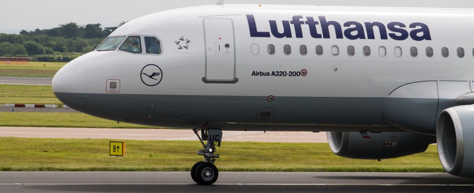 Lufthansa-United cooperation under discussion will involve shipments of import cargo and shipments of export cargo in international trade.