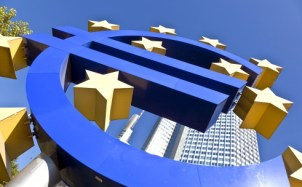 SETTLE IN EUROPE Headquartered in Frankfurt, Deutsche Bank expertise includes management and processing of domestic and cross-border payments, professional risk mitigation for international trade and liability management.